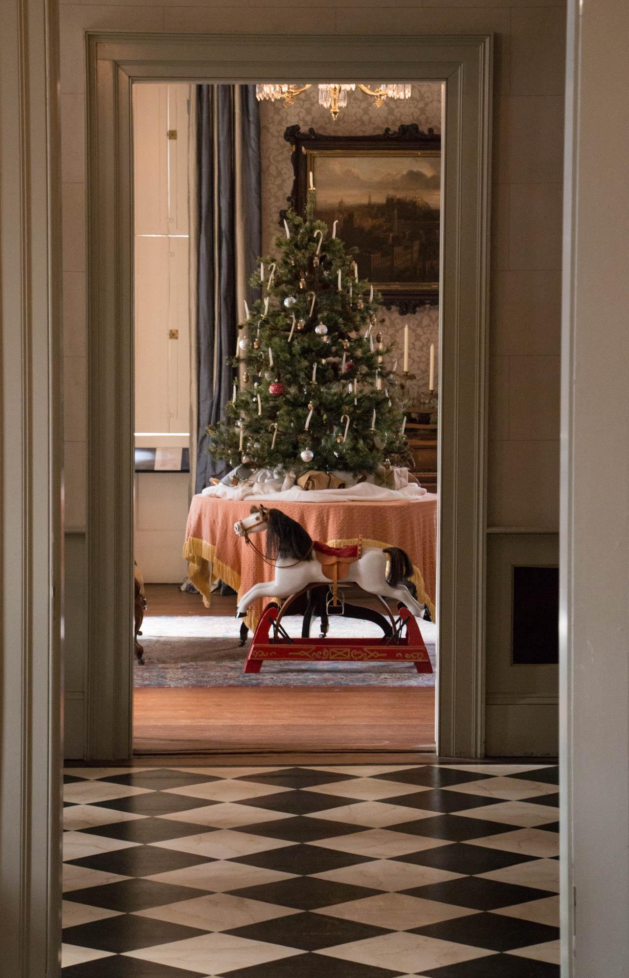 Holiday decorations at HP